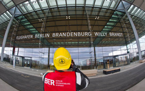 New Berlin airport 'cannot service its loans'