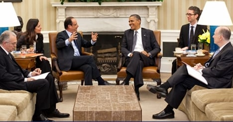 Obama and Hollande pledge growth and stability