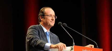 Rich face 'brunt of pain' in Hollande's budget