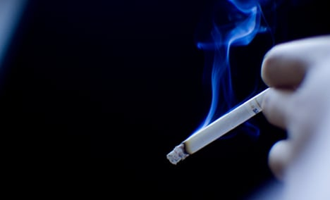 France to crack down on smoking – minister