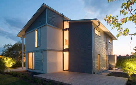 Germans build more homes in shadow of euro