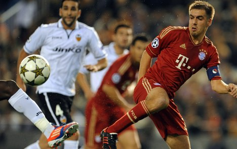 Bayern get just enough from Valencia draw