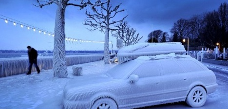 Geneva grapples with slippery snow conditions