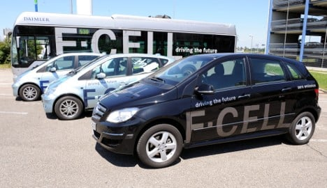Daimler teams up with competition for fuel cells