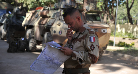 French and Malian troops continue to push north