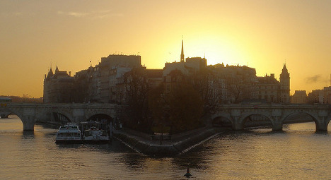 'I'm in love with Paris, so give me my working visa'