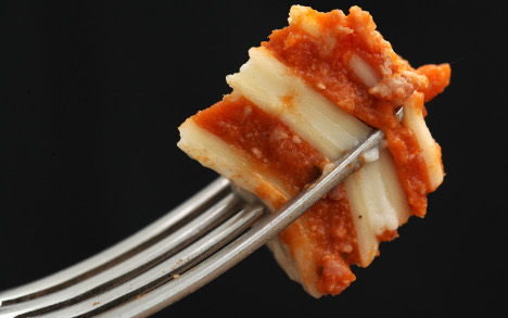 Supermarkets find horse meat in lasagne