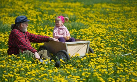 Sunny spring to make good for current gloom