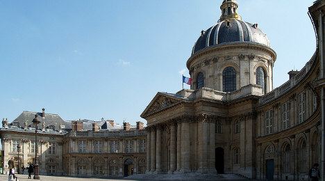 British poet anointed to protect French language