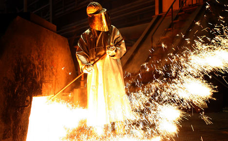 Metalworkers' union pushes for pay rise