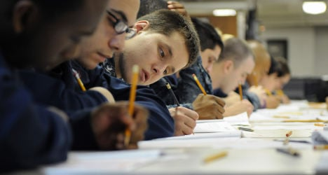 Exam gaffe allows pupils to find answers online