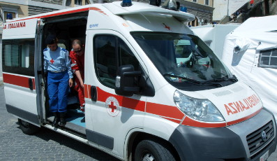 Ambulance crew attacked after road-rage killing