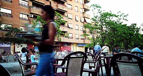 Spain welcomes wave of  service sector workers