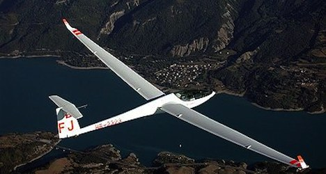Missing Swiss glider pilot found in France