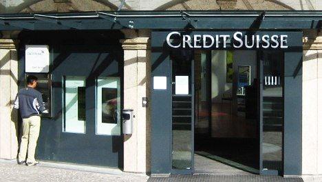 Credit Suisse and Roche post jump in profits