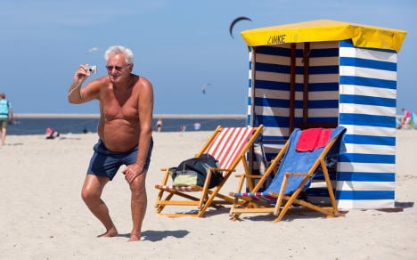 Germans happiest to show bellies on holiday