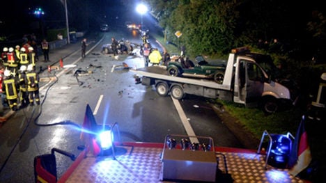 Four teens, five adults die in car crashes