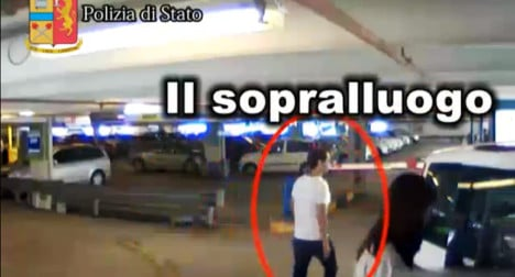 VIDEO: Airport 'thieves' rob tourists 'for Ibiza trip'
