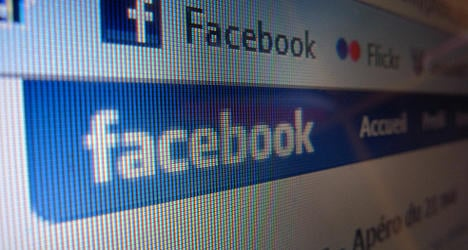 Recruiter sacked for too much time on Facebook