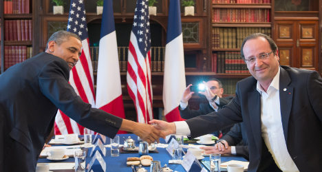 Obama to hold talks with Hollande in Russia