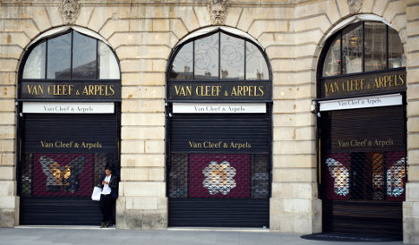 Van Cleef & Arpels charged with counterfeit