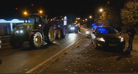 French farmers told to end protest after death