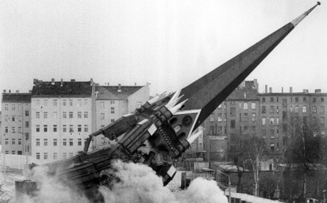Father of Berlin Wall reconciliation dies