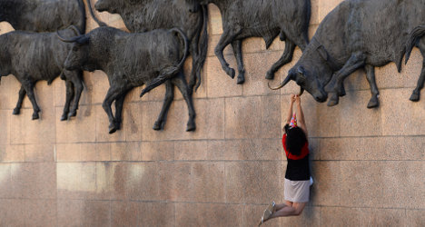 Spain overtakes China in world tourism race