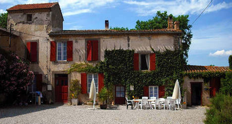 Thieves target holiday homes in rural France