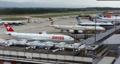 Swiss fine 11 airlines for fixing freight rates