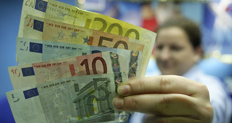 Half of Spain's job ads pay less than €1K/month