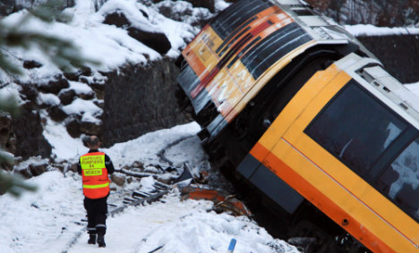 Two dead as train derails in French Alps