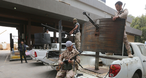 Italians advised to leave Libya after clashes