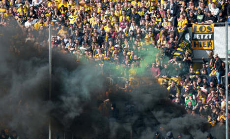 Police protect football players from own fans