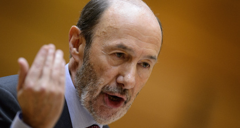 Spain's opposition leader to step down