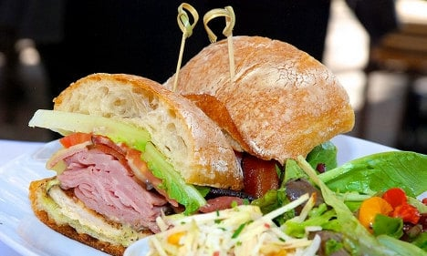Rome's less pricey for a club sandwich
