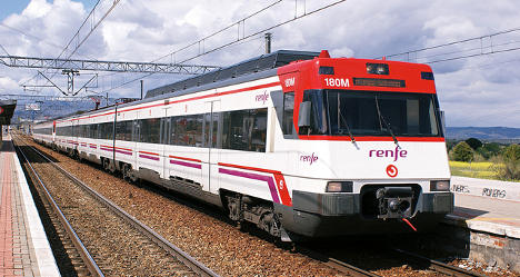Madrid train evacuated after brakes catch fire