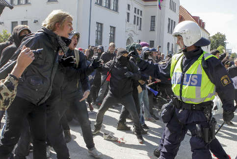 Cops admit to false reports in Malmö protest