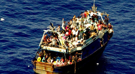 Italy: EU must take over migrant boat rescues
