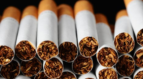 Vatican buys 500 packets of cigarettes a month
