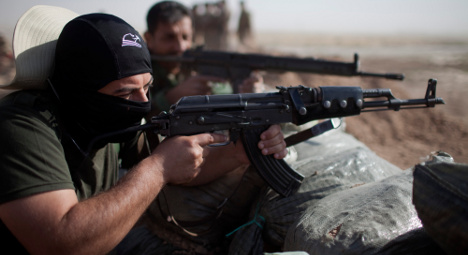 France launches fresh strikes against IS in Iraq
