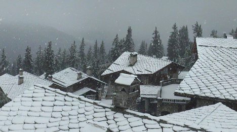 IN IMAGES: Winter is coming to French Alps