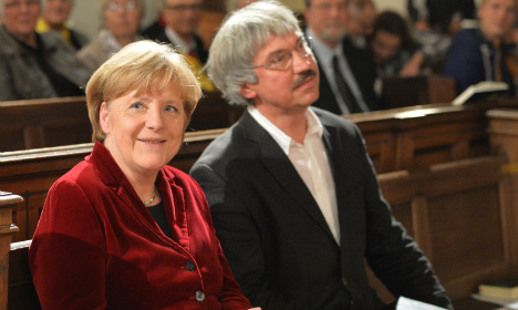 Merkel lauds courage of East Germany dissidents