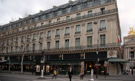 French hotels declare war on Airbnb