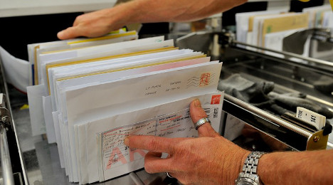 French postman guilty of stealing 13,000 letters