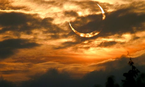 Danes take to the skies for solar eclipse