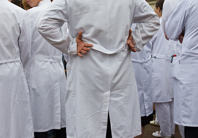 Travel delays expected as doctors protest