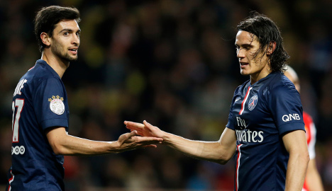 PSG fluff chance to go top after rivals lose