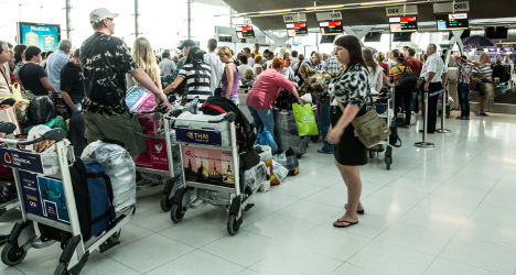 French strike to see 40 percent of flights canned
