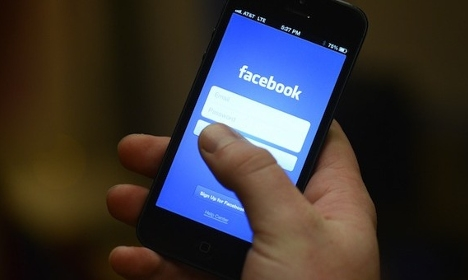 Bosses can spy on staff on Facebook: court